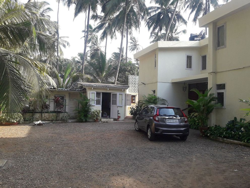Bungalows for Shooting in Madh Island